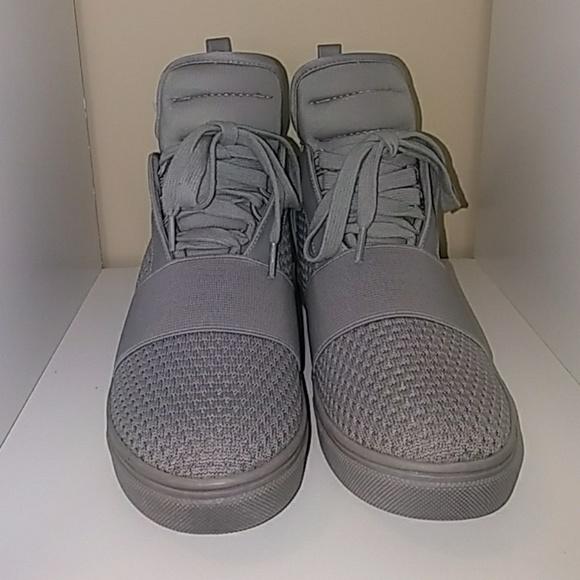 3aa723c90b6 ⚡SALE⚡Steve Madden Lexi Sneaker